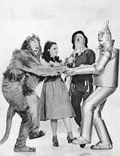 The_Wizard_of_Oz_Lahr_Garland_Bolger_Haley_1939[1]